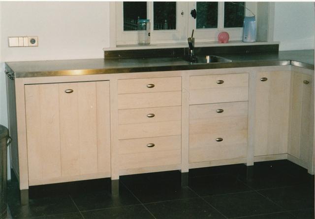 Keuken op maat (ontwerp in overleg)