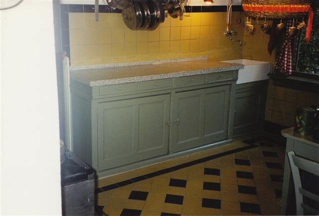 keukenblok ná aanpassing, nieuw terrazzo, ladeblokje