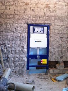 Toilet tijdens verbouwing, inbouw reservoir in spouw